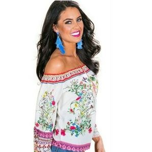 Nwt~ Boho Peasant Butterfy  Floral Top XS